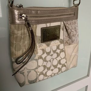 NWOT Coach quilt crossbody bag Poppy Collection